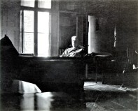 Dreiser in his Greenwich Village studio apartment